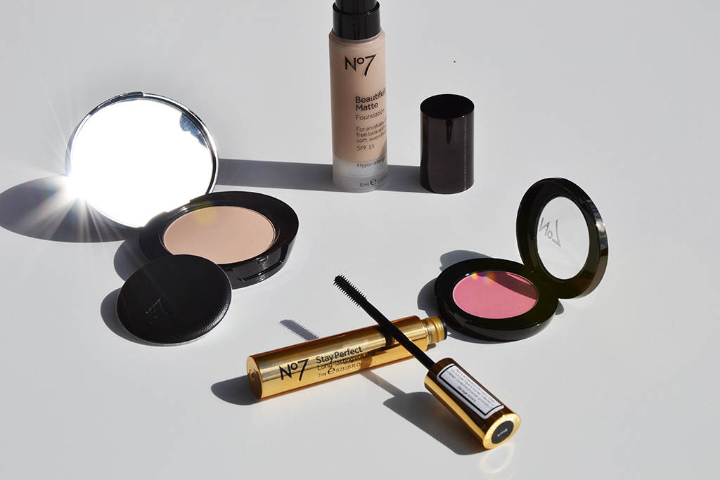 No7 make-up | Label of Suze