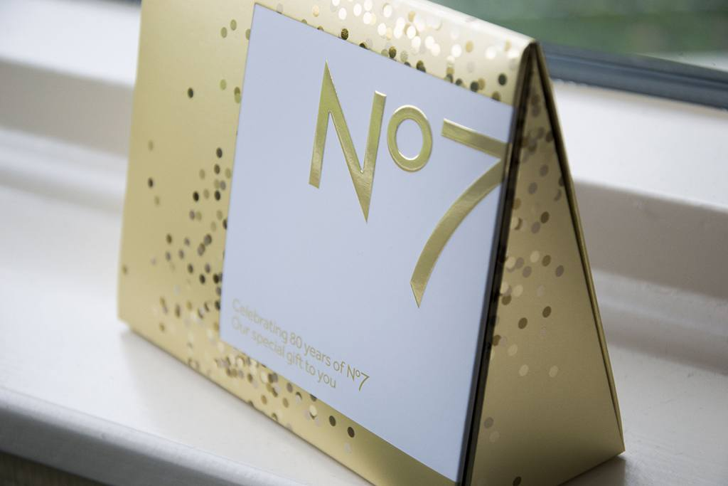 Giftbox, celebrating 80 years of No7 | Label of Suze