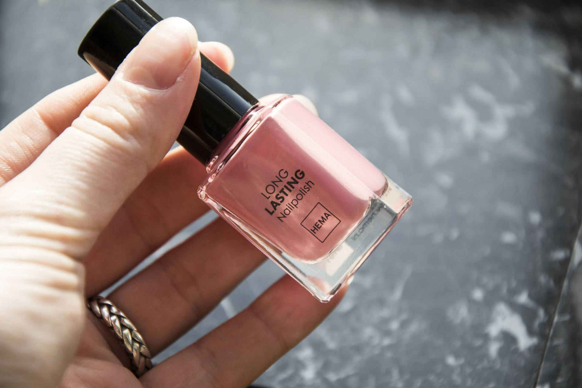 Hema Long Lasting Nailpolish – 011 | Label of Suze